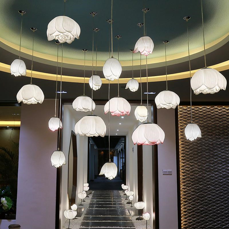What are the style characteristics of Zhongshan Engineering Lights?